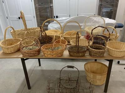 Baskets, great condition