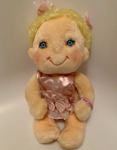 Hugga Bunch Doll From Kenner Toys Original Outfit  for sale in Salt Lake City , UT