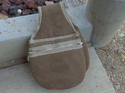 Oakley Utah insulated saddle bags