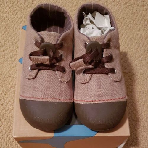 NEW TODDLER SIMPLE BRAND US SIZE 10 SHOES for sale in Salt Lake City , UT