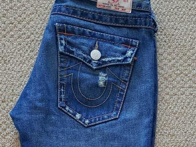 TRUE RELIGION WOMENS JEANS SZ 27