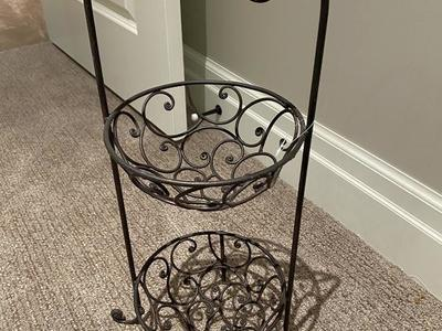 New two tier metal  basket stand