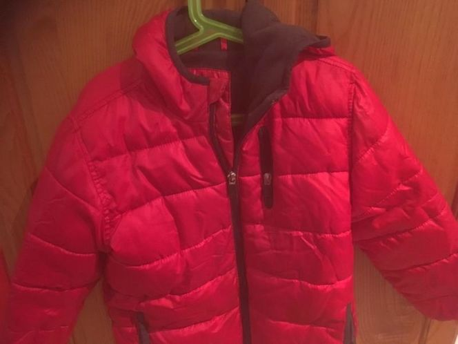 XS Winter Jacket With Hood $7 for sale in South Salt Lake , UT