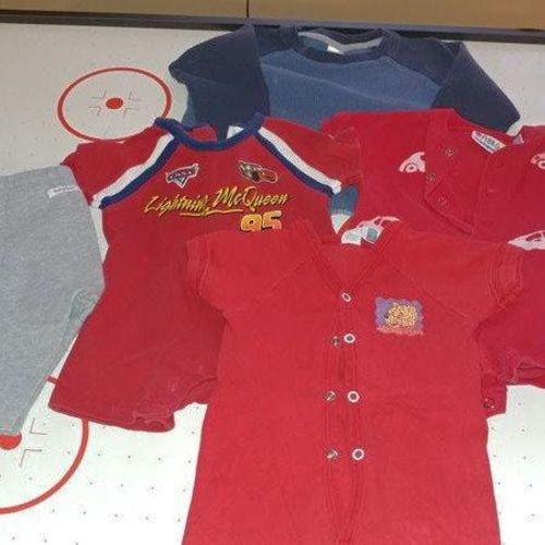 5 ARTICLES OF CLOTHING FOR BOYS size 3to 6 months for sale in Layton , UT