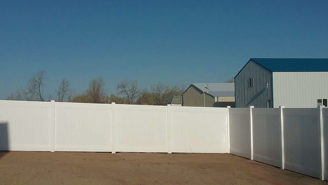 AMAZING VINYL FENCE AND GATES!! for sale in Ogden , UT
