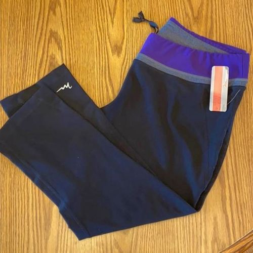 Women's active pants-Size XL for sale in American Fork , UT