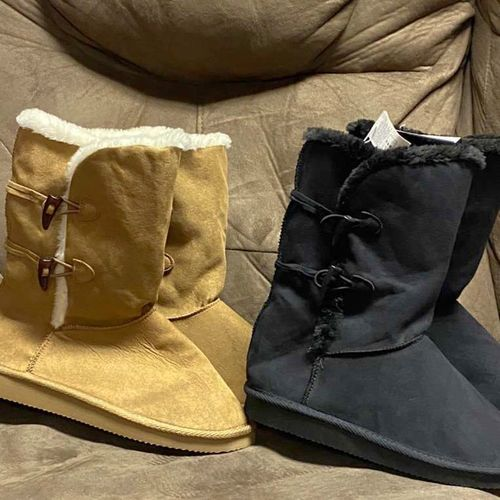 Girls Boots- Size 3 for sale in American Fork , UT