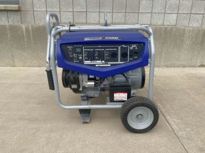 New Yamaha 5500 watt gasoline portable generator with wheels and handle. 3 year warranty!!! for sale in Springville , UT