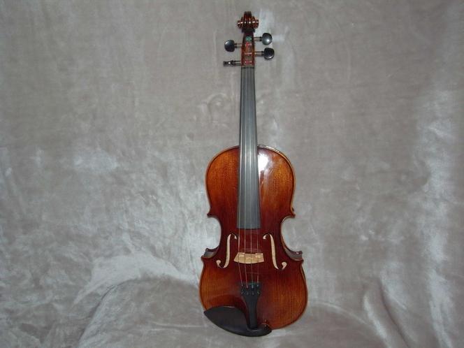 15 3/4 Viola Guadagnini 1785 Model, Premium Intermediate, Custom String Config. for sale in South Jordan , UT