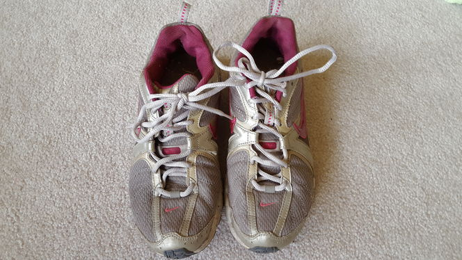 Nike Tennis Shoes - women's size 9 for sale in Ogden , UT