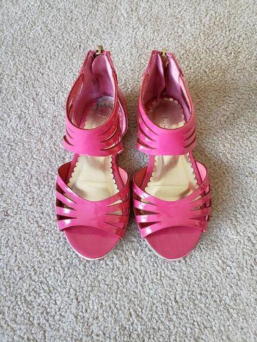 Girls Hot Pink Sandals - size 9 for sale in Ogden , UT