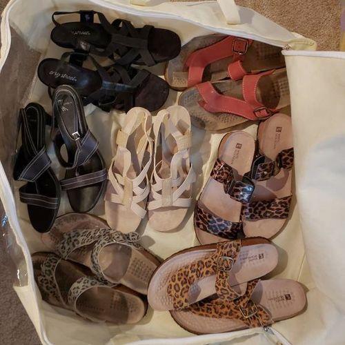 HUGE LOT Women's Shoes Sandals - size 10 for sale in Ogden , UT