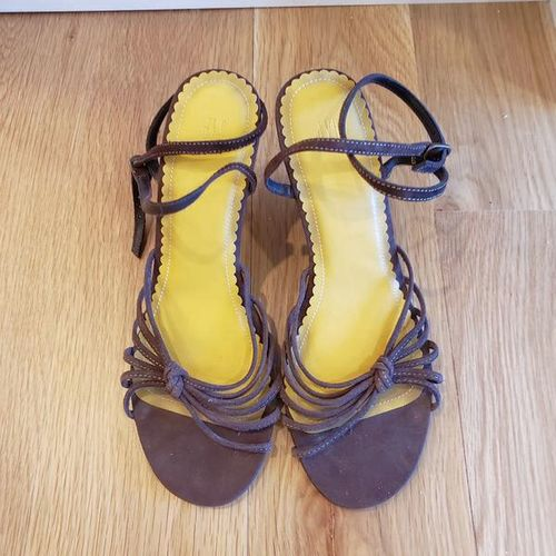 GAP Women's Brown Sandals - size 9 for sale in Ogden , UT
