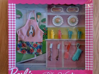 NEW! Barbie Pioneer Woman Hot Dog and Burger Set