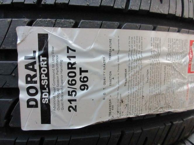 BRAND NEW SET OF 215/60R17 96T  DORAL ALL SEASON for sale in Salt Lake City , UT