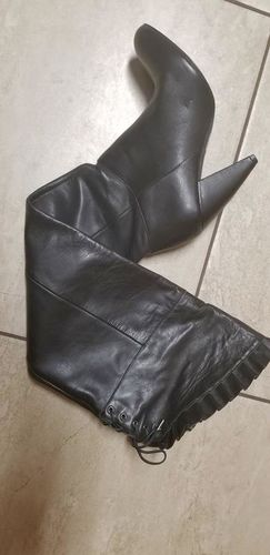 BRAND NEW BCBG LEATHER BOOTS SIZE 6.5 for sale in Salt Lake City , UT