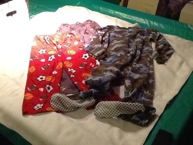Miscellaneous boys pajamas fits 9-12 for sale in Taylorsville , UT