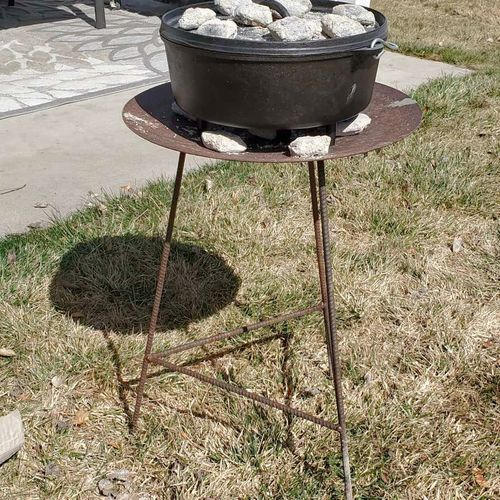 Dutch ovan cooking stand  for sale in Smithfield , UT