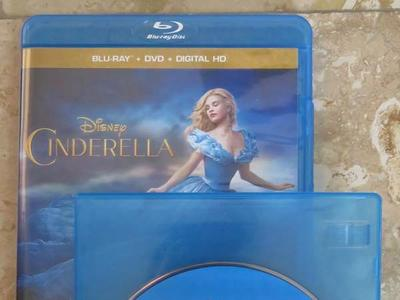 "Disney's ""Cinderella"" Live Action Blu-ray Disc – BRAND-NEW (NOT Original Case)"