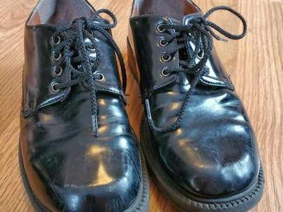 Dress Shoes sz 1.5
