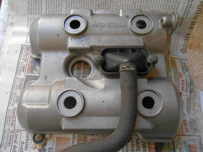 SV1000 front cylinder head cover for sale in Salt Lake City , UT