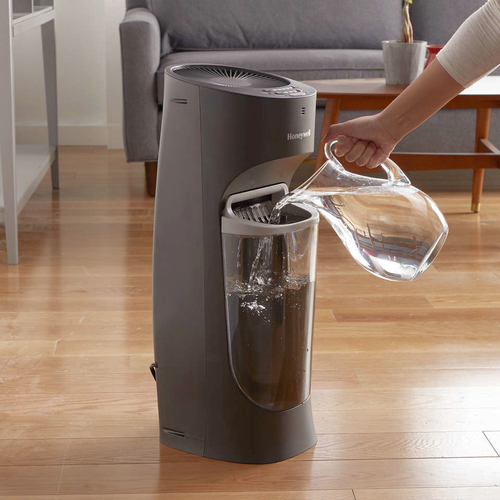 Brand new Honeywell Top Fill Tower Humidifier with Humidistat Black for sale in Provo , UT