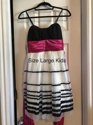 Size Large In Kids Dress (14/16) for sale in Woods Cross , UT
