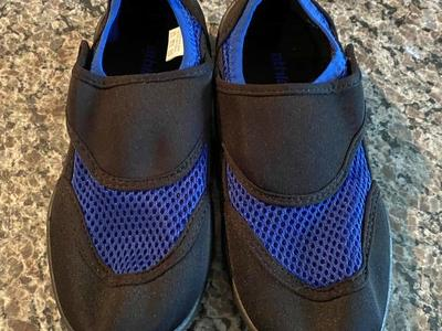 Brand New Size 2/3 Boys Water Shoes