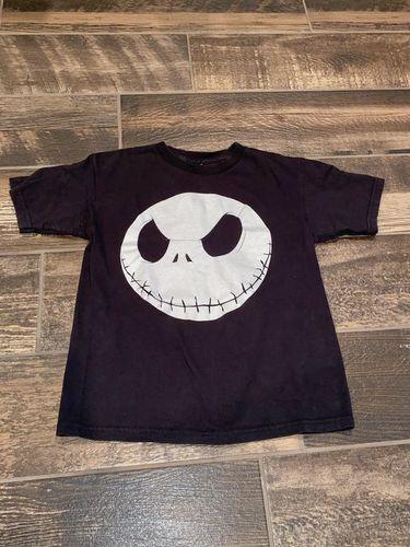 Boys Size 8 Disneyland Shirt (Glows in the dark) for sale in Woods Cross , UT