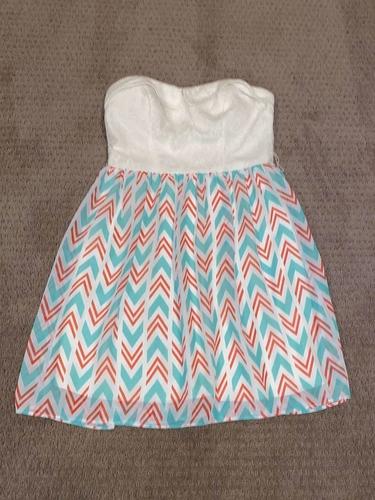 Women's Size 7 Dress for sale in Woods Cross , UT