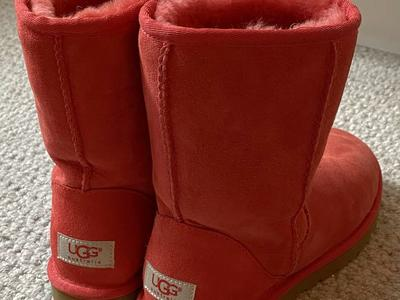 Like new Ugg boots. Size 6 Color Red. Women's.