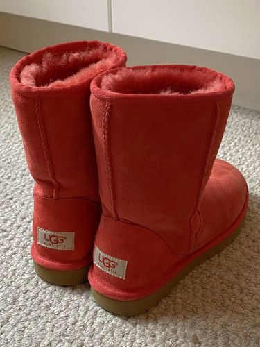 Like new Ugg boots. Size 6 Color Red. Women's. for sale in Salt Lake City , UT