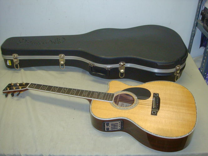 GUITARS - ELECTRIC/ACOUSTIC/CLASSICAL/AMPS/CASES-LOOK! for sale in Sandy , UT