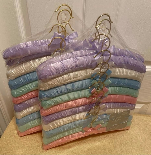 NEW SEALED PACKAGE OF 20 PADDED HANGERS for sale in Syracuse , UT