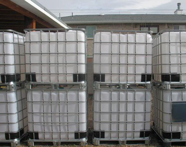 275 Gallon Food Grade IBC Totes / Water Storage Tanks for sale in Magna , UT