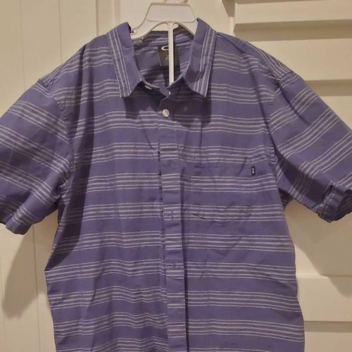 Size large Oakley button down for sale in Pleasant Grove , UT