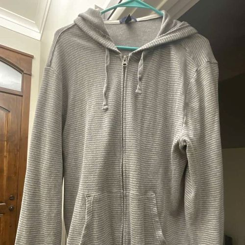 Gap Size XL Zip Hooded Jacket  for sale in Pleasant Grove , UT