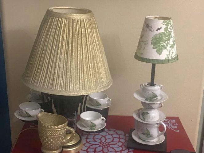 Set of 2 Unique Teapot Lamps for sale in Payson , UT