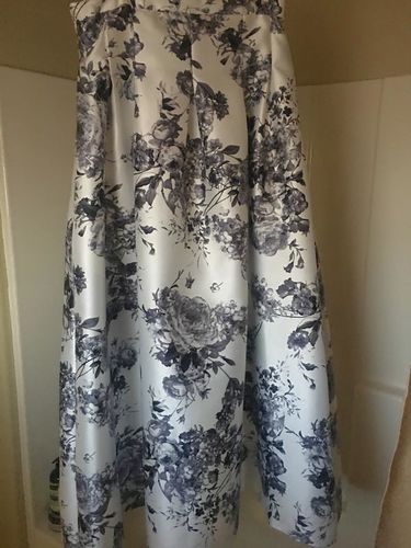Vintage Floral Print Skirt for sale in Payson , UT
