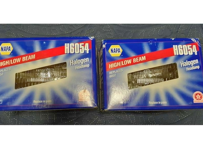 H6054 Halogen Headlamp NAPA replaces H6052 High-Low BEAM for sale in West Valley City , UT