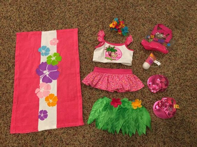 Build-a-Bear Hawaiian Outfit and Accessories for sale in Millcreek , UT