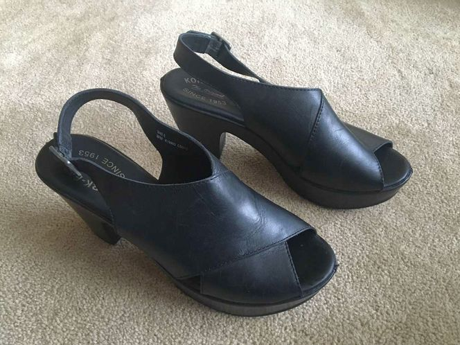 Kork-Ease Black Platform Sandals, women's size 9 for sale in Millcreek , UT