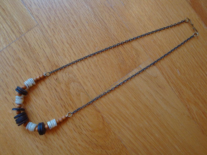 1970s Wood & Shell Necklace for sale in Farmington , UT