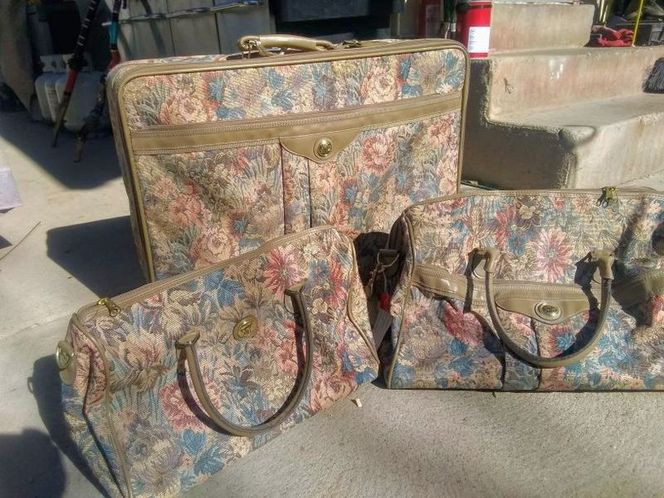 Luggage Matching Set of 3 for sale in Sandy , UT