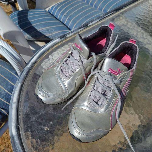 WOMEN'S PUMA RIAZE PROWL SNEAKER running shoes 8.5 for sale in West Jordan , UT