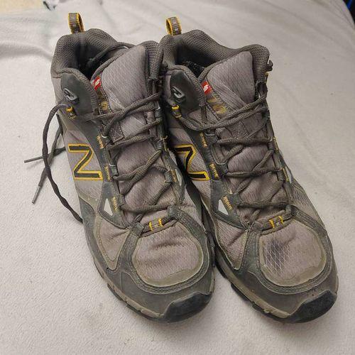 NEW BALANCE MEN HIKING BOOTS VIBRAM 9 2e M0703HGT for sale in West Jordan , UT