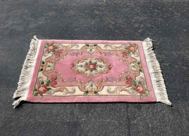 """Pink Thick Hand Knotted Floral Wool Rug 45"""" X 24"""" for sale in Salt Lake City , UT"""
