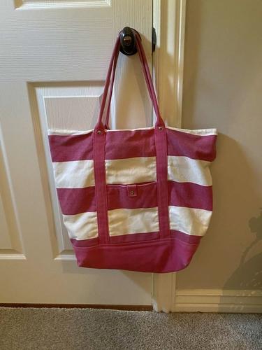 Large tote/beach bag for sale in Draper , UT