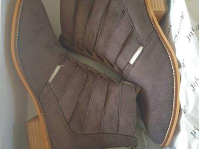New A Rider Girl booties sz. 6.5