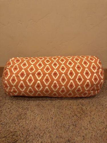 Pottery Barn Pillow for sale in Santa Clara , UT